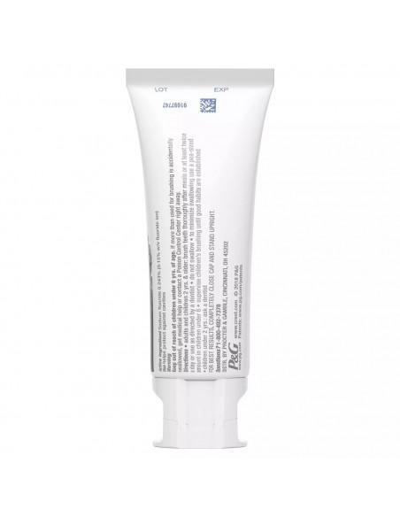 Отбеливающая зубная паста Crest 3D White Whitening Therapy Charcoal фото 4